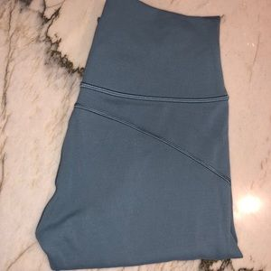 In Movement Lululemon size 4